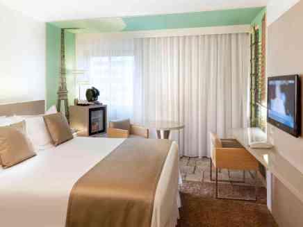 http://www.accorhotels.com/1131